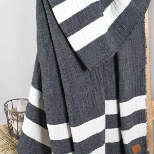 Плед-накидка Barine – Wool Cocoon 135×180