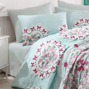 Покрывало стеганное с наволочками Eponj Home – Lovely mint 200×220