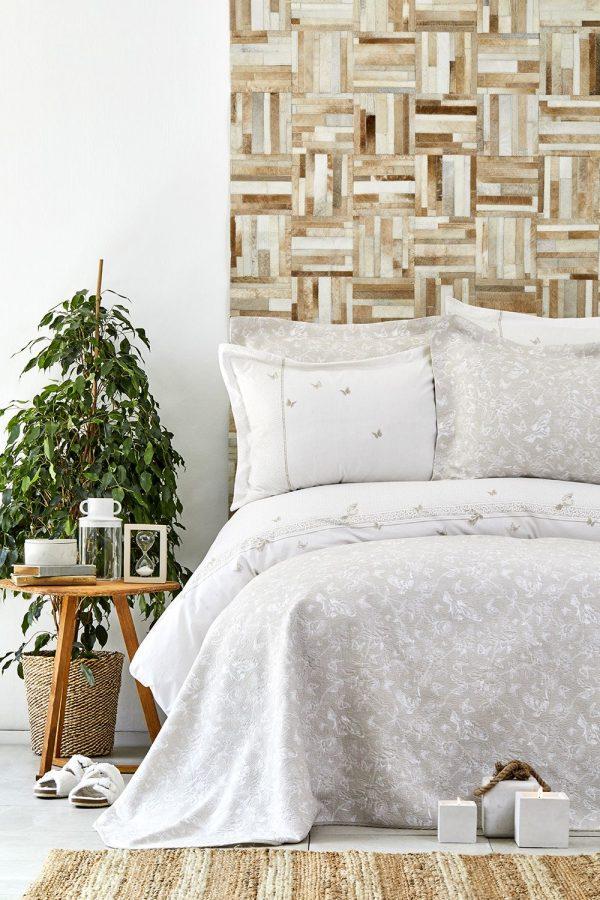 купить Постельное белье с покрывалом Karaca Home - Mariposa gold 2019-1 200x220