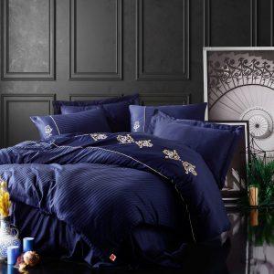 купить Постельное белье Cotton Box Сатин с вышивкой King Lacivert Синий фото