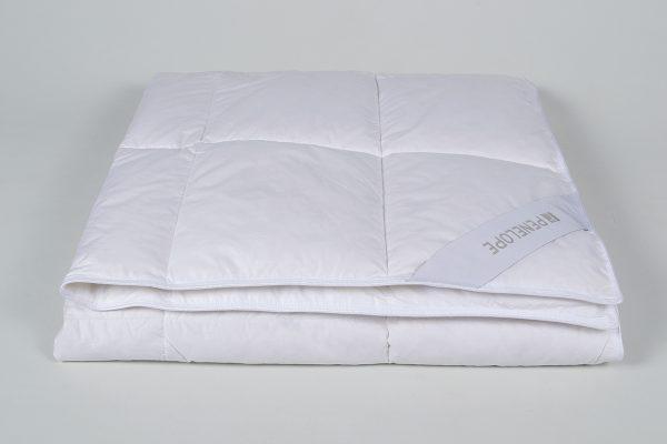 купить Детское одеяло Penelope - Gold пуховое Белый фото
