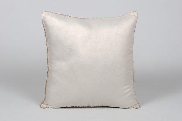 купить Подушка Lotus - Classic Monogram Кремовый фото