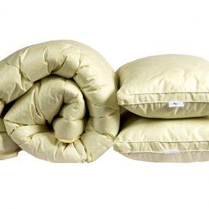 купить Одеяло лебяжий пух Бежевое евро и 2 подушки 70х70 Бежевый фото